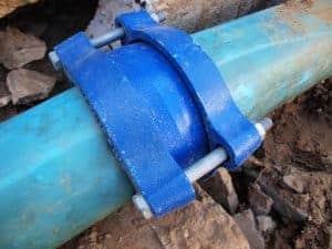 תיקון צינור ביוב חיצוני